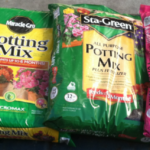 Dangers-of-Potting-Mixes-Garden-Pro-Miracle-Gro-Organic-Fertilser