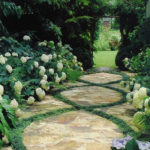Mondo-grass-stepping-stones-1